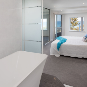 en-suite bathroom design perth