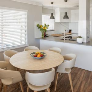 White gloss kitchen renovation